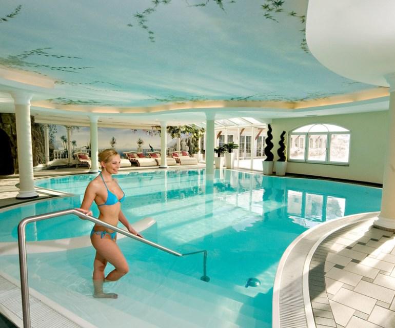 Das Hallenbad der Alpenrose. © Leading Family Hotel & Resort Alpenrose