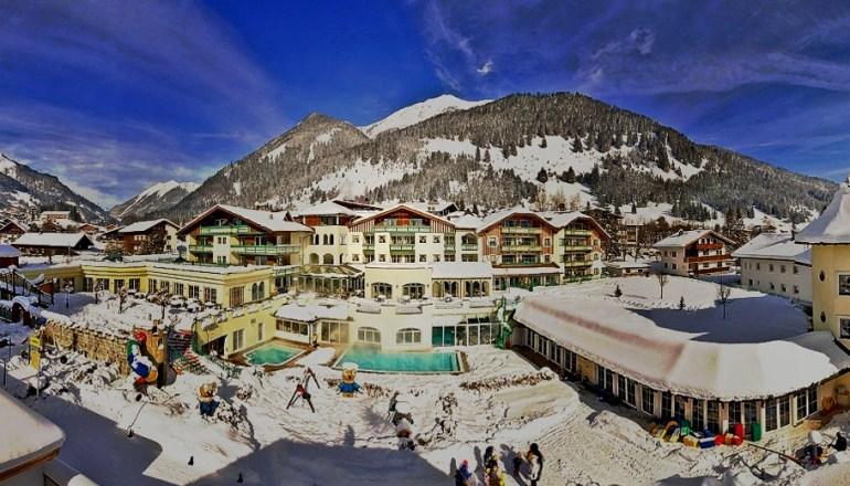 Blick auf die Alpenrose im Winter. © Leading Family Hotel & Resort Alpenrose