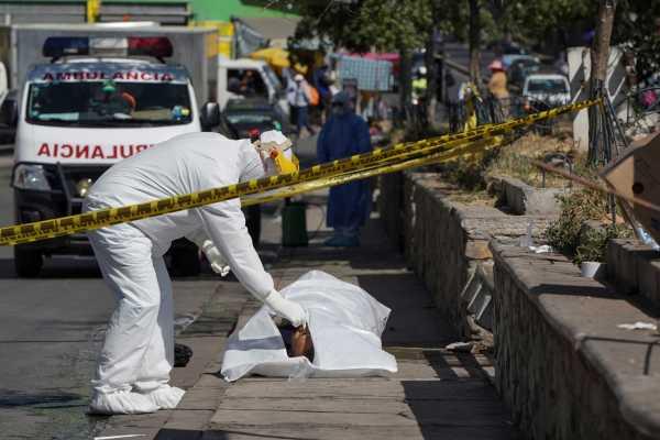 Τουλάχιστον 2.839.051 νεκροί έχουν καταγραφεί παγκοσμίως από τον κορωνοϊό