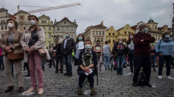 Ομάδες του πληθυσμού «απειλούνται» από παρατεταμένα συμπτώματα του κορωνοϊό