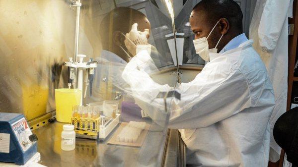 Μολνουπιραβίρη - Νέες ελπίδες για φάρμακο κατά της Covid-19 που θα χορηγείται από το στόμα