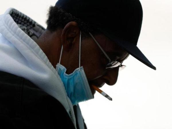 Κάπνισμα και κορωνοϊός: πολύ λίγοι αλλά με σοβαρότερη νόσο οι καπνιστές που καταλήγουν στο νοσοκομείο