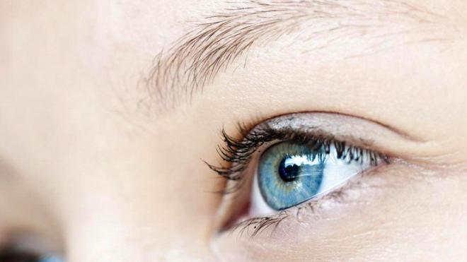 Εννιάχρονος έχασε το 80% της όρασής του από το ένα μάτι παίζοντας με δείκτη λέιζερ