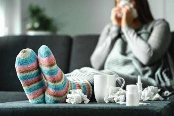 Κορωνοϊός: Τρία νέα συμπτώματα που πρέπει να προσέχουμε