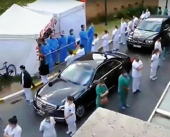 Οι νοσηλευτές του Βελγίου γύρισαν την πλάτη στην πρωθυπουργό
