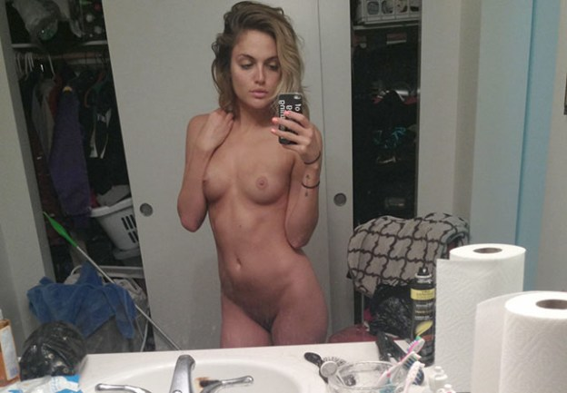 Kelsey Ray nude and cumshot facial photos leaked