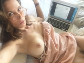 Actress Rhona Mitra Leaked Nude and Masturbation Photos from iCloud