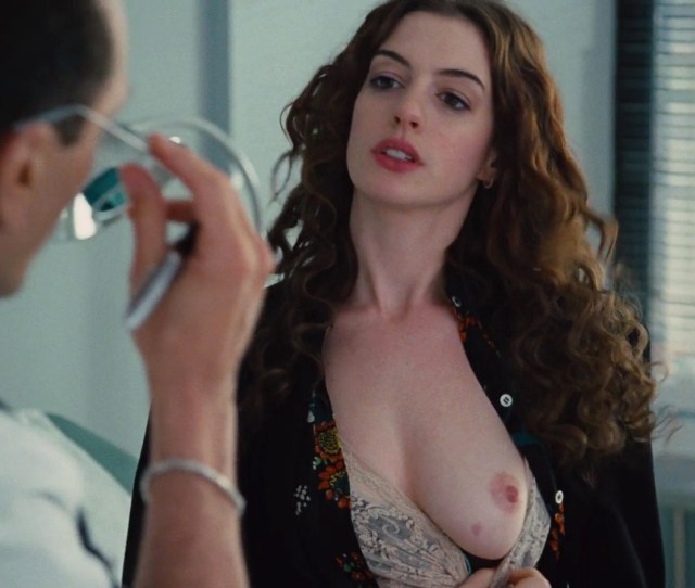 Anne Hathaway Sex Love And Other Drugs