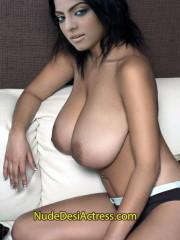 Hadia Ali Nude