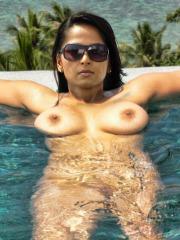 Anushka Nude