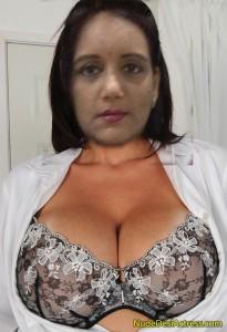 TV9 SWAPNA Nude hot cleavage