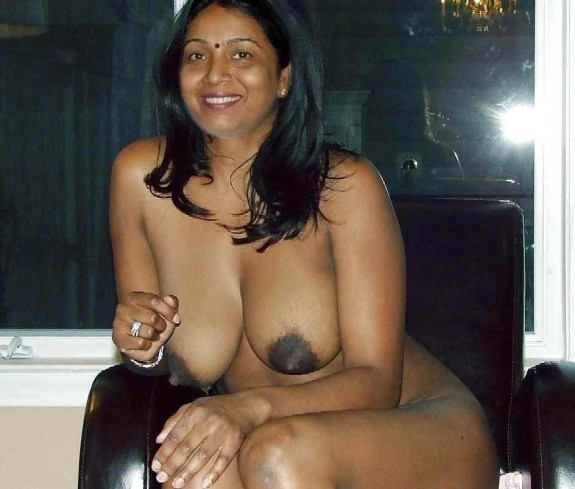 pakistan bhabhi big boobs nude photos - Bhabhi Big Boobs Sex Photos