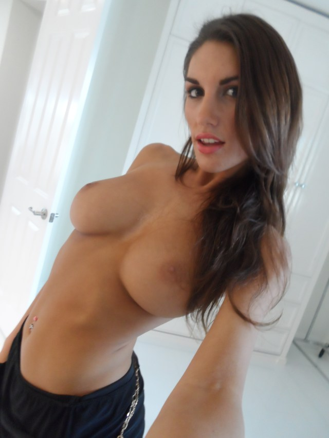 Hottest Submitted Sexy Nudes