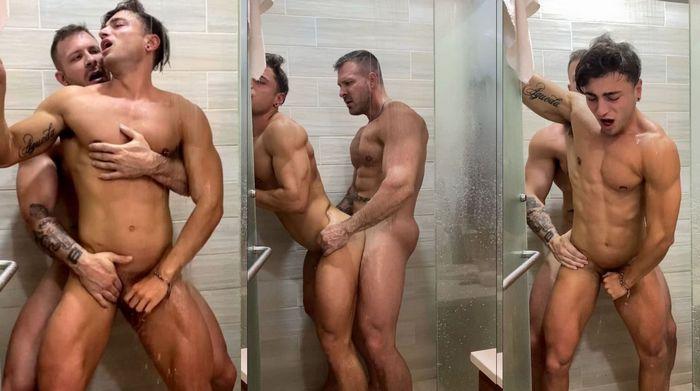 Austin Wolf fode Carlos Effort no chuveiro