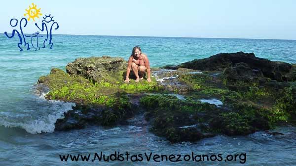 Mi Experiencia en la Playa con Nudistas Venezolanos
