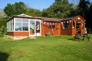Wyvern Sun and Swim Club