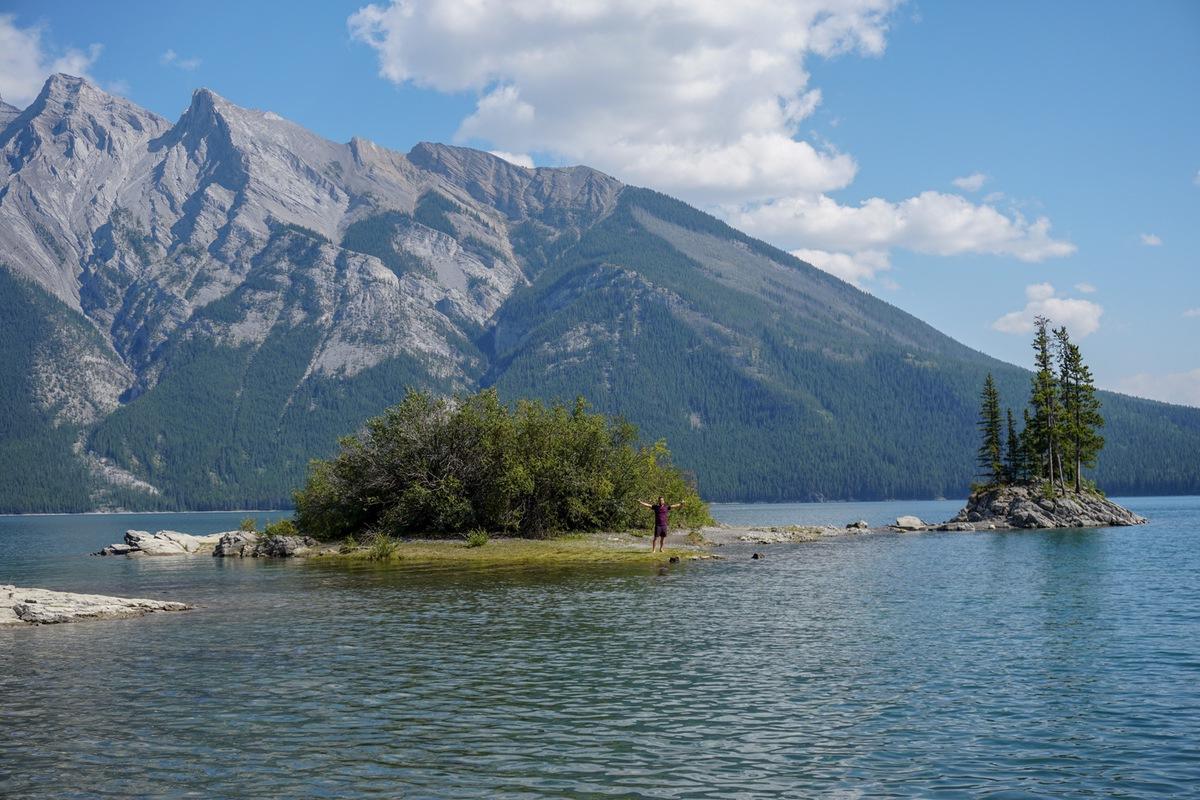 Lake_minnewanka
