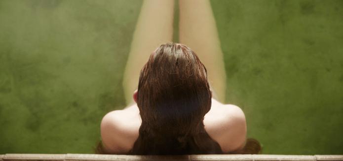 Pourquoi vous devriez vous mettre nu devant des inconnus