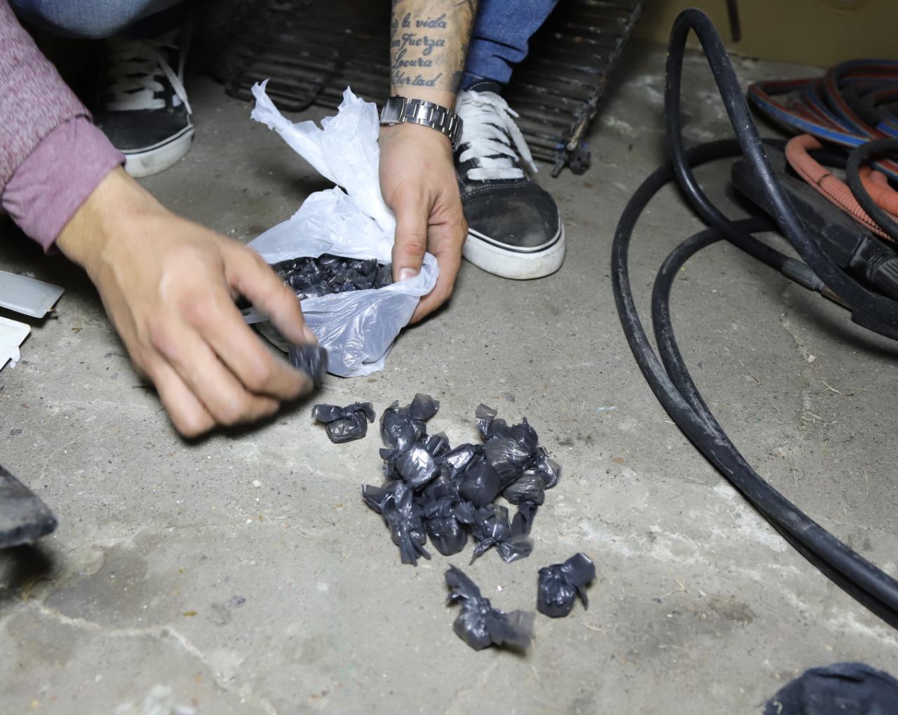 Lanús: dos detenidos tras varios allanamientos por venta de drogas