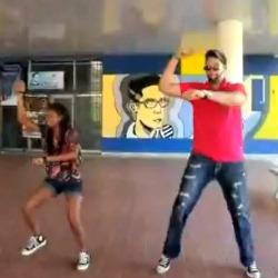 jonatan Dominicanos y el baile del caballo [videos]