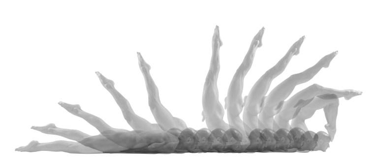 """Desnudos en movimiento de Germán Velásquez, presentará su más reciente obra de arte, """"Multipersonalidad"""" en la galería ArtiFact de Nueva York."""