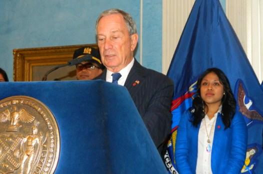 Alcalde Michael Bloomberg y Denise Vivar