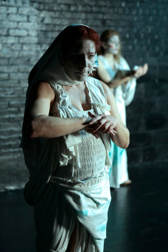 Ibeth Massari, Ana Guerrero (C) 2013 Tabula RaSa NYC Theater. Giovanni Rufino, Photographer.