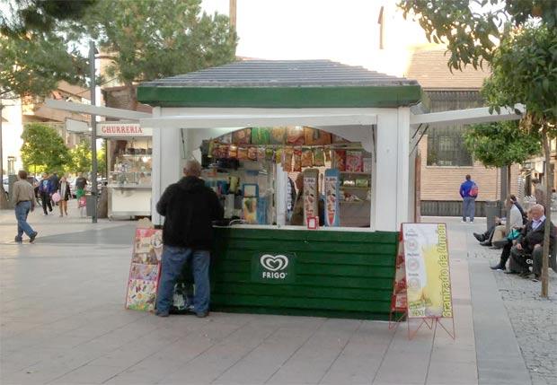 Kiosco de helados instalado otros años en la Plaza Palacios
