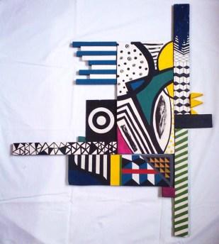 Carlos Gonzalez Gutiérrez. Composición para llenar vacíos 1 (13 formas), acrílico sobre madera. 100 x 86 cm. 2013. Selección del jurado