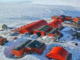 1969  Fundación de la Base Aérea Vice Comodoro Marambio de la Antártida Argentina