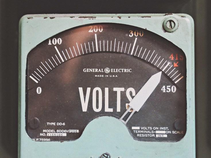 Grow Room Wiring : 120 Volts vs 240 Volts – NUGL Magazine