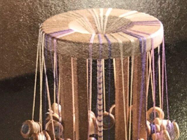 帯締めの組台の丸台