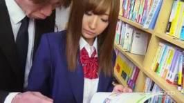 あすかみさき 憧れの先生と図書室で二人っきり、ドキドキが発展してそのまま生ハメ中出しフ...