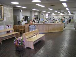 役場カウンター (12)