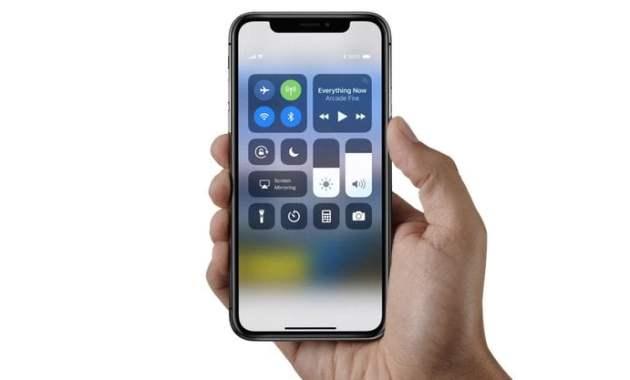 3 Smartphone iPhone Ini Memiliki Kualitas Nomor 1 di Kelasnya! - iPhone X