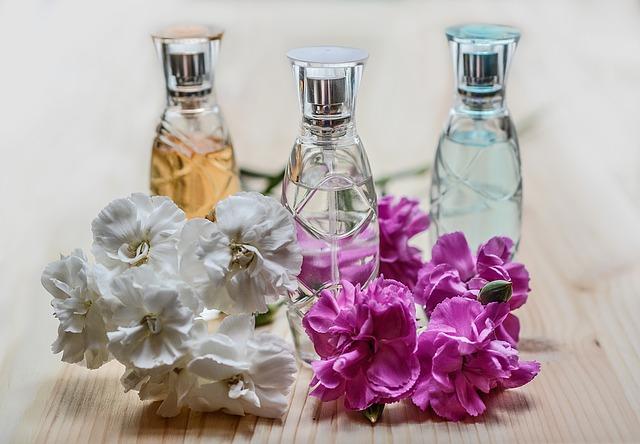 Cara Penggunaan Parfum Supaya Aromanya Menyenangkan Pada Saat Tercium - parfum wangi