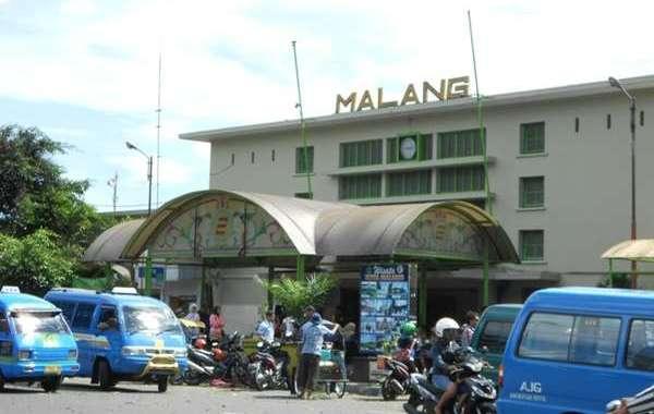 4 Kota di Indonesia dengan Tempat Wisata yang Murah dan Wajib Dikunjungi - stasiun malang