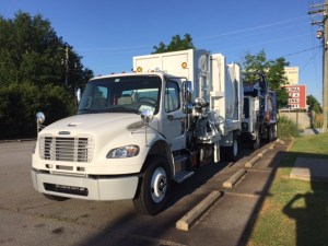 Front view G-S Side Loader Garbage Truck