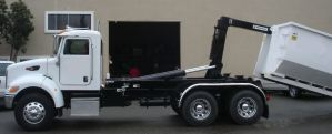 Hook Lift Container Truck