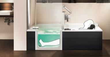 Barrierefreie Badewanne mit Tür und Hebesitz   nullbarriere