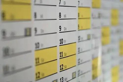 white yellow calendar