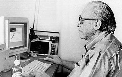 Charles Bukowski on the Mac II.