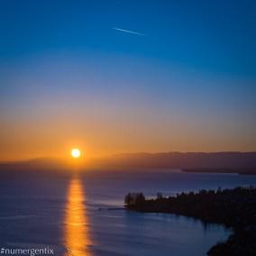 couché de soleil sur lac léman