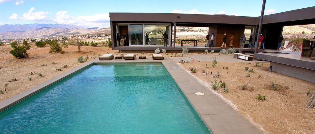 Marmol Radziner Prefab Desert House (3150)