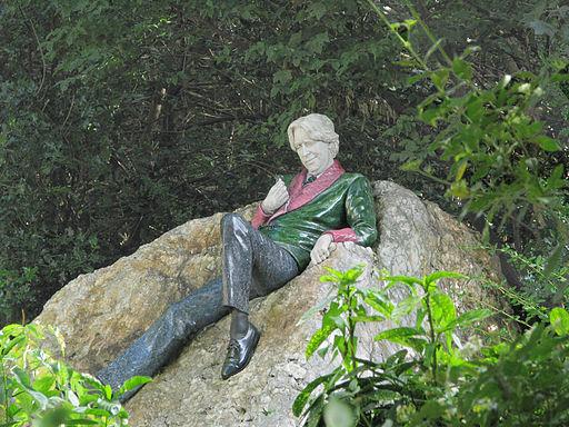 Oscar Wilde statue, Merrion Square