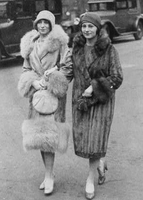 1927-fur-and-fur-trimmed-coats