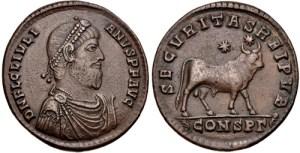 Figura 17) Giuliano II Augusto. 361-363 AD. Æ 27mm (8.44 g, 12 h). Zecca di Costantinopoli. DN FL CL IVLIAN-VS PF AVG, capo diademato con perle, busto corazzato e drappeggiato rivolto a destra / SECVRITASREIPVB, Toro stante a destra sormontato da due stelle; CONSP?. RIC VIII 164. (www.cngcoins.com)