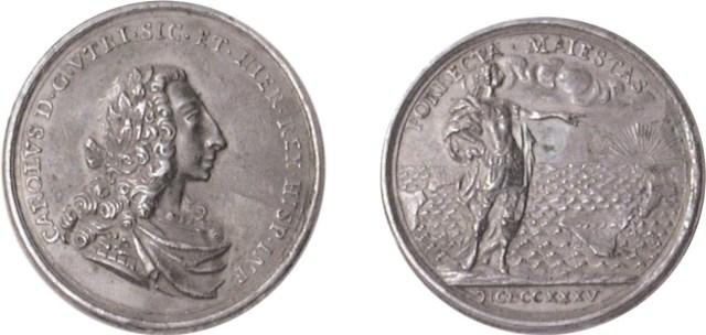 Figura 1: La legenda del rovescio della medaglia in figura 1734 si riferisce ad un passo di Orazio, CARMINA LIBER IV: PER QUOS LATINUM NOMEN ET ITALIAE CREVERE VIRES FAMAQUE ET IMPERII PORRECTA MAIESTAS AD ORTUS SOLIS AB HESPERIO CUBUILI (attraverso le quali il popolo latino e le forze italiche hanno accresciuto la fama e la maestà estesa dall'Impero dall'occidente al luogo dove il sole sorge).