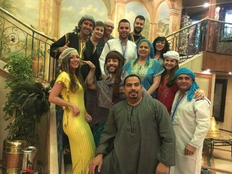 selfie del grupo vestidos de chilabas