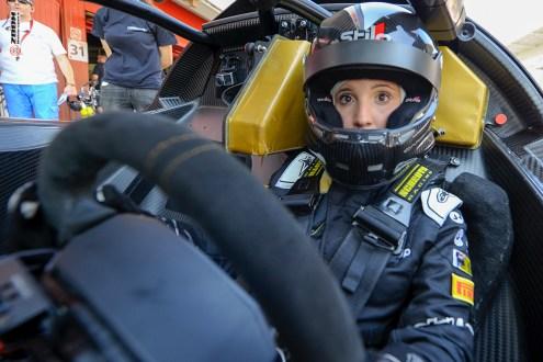 Gabriela Correia com estreia de sonho no GT4 South European Series